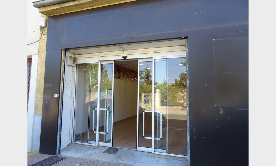 LOCAL COMMERCIAL D'ENVIRON 170 m2 : Photo 5