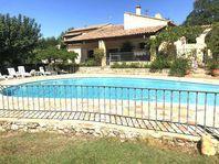 Immobilier sur Saint-Cannat : Maison - Villa de 8 pieces