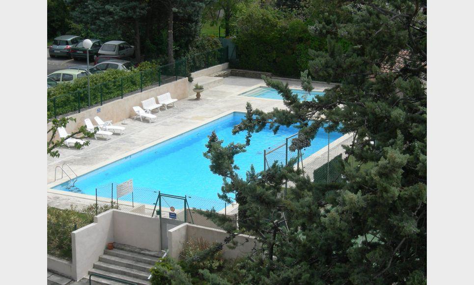 Aix Sud, T2 55 m2 résidence avec ascenseur, parking, cave : Photo 6
