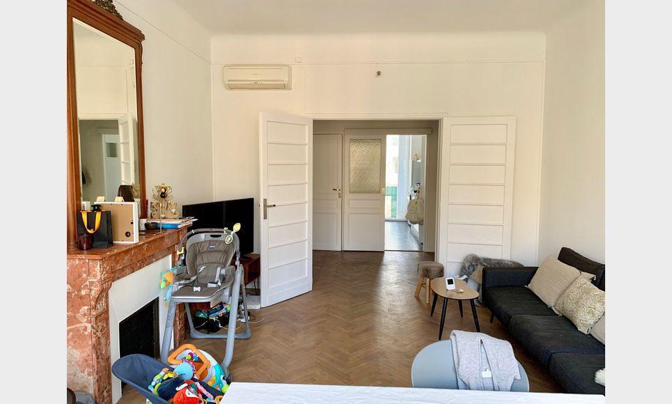 Appartement T3 à deux pas de La Rotonde + Place de Parking : Photo 1