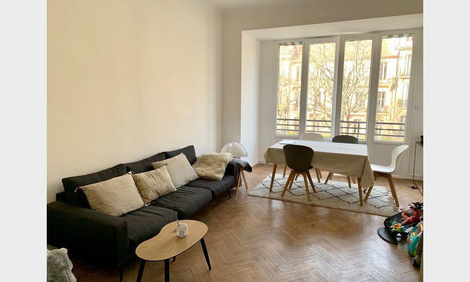 Appartement T3 à deux pas de La Rotonde + Place de Parking