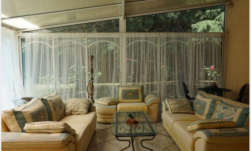 Grande propriété familiale T 7 piscine à 20 mn d'Aix en Prov : Photo 6
