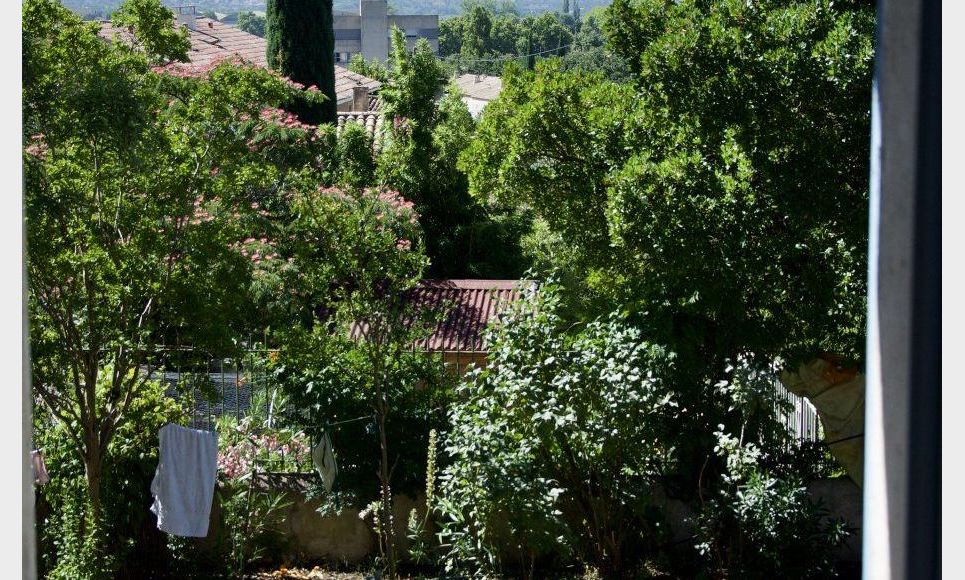 SALON DE PROVENCE - Mas provençal de 135 m2 - Terrain piscin : Photo 7