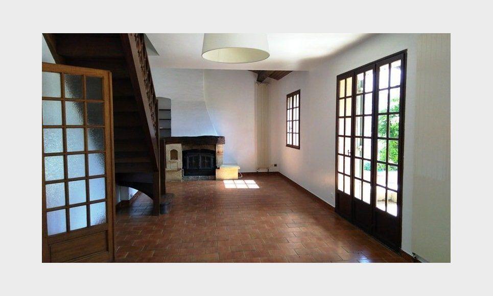 LES PENNES MIRABEAU Villa T5 113m2 sur 1300m2 jardin avec pi : Photo 1