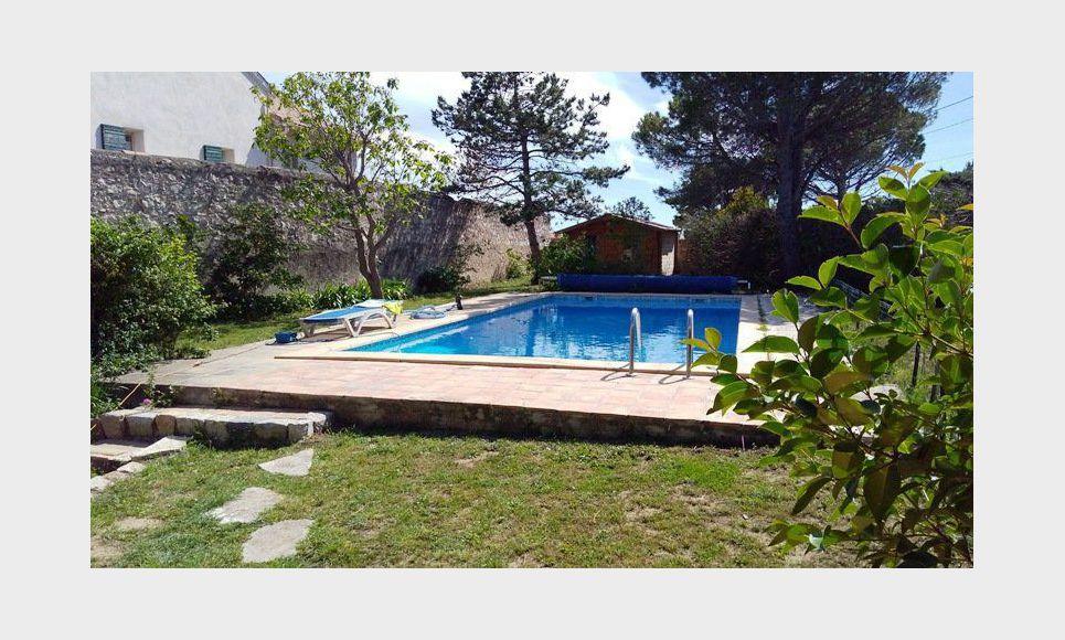 LES PENNES MIRABEAU Villa T5 113m2 sur 1300m2 jardin avec pi