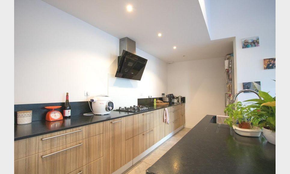 LUYNES - Villa T6 de 150 m2 - Terrain piscinable 706 m2 : Photo 1