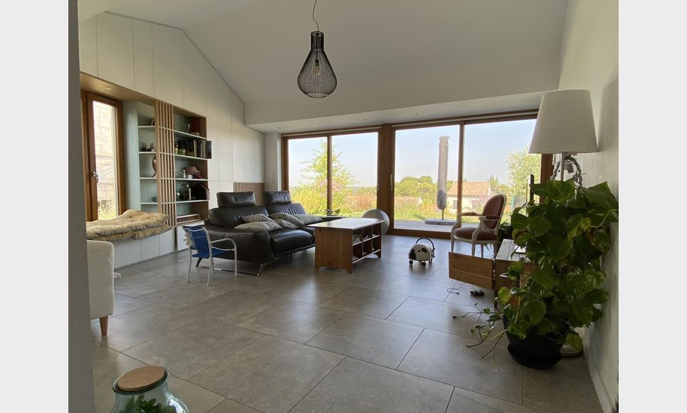 LUYNES - Villa T6 de 150 m2 - Terrain piscinable 706 m2 : Photo 2