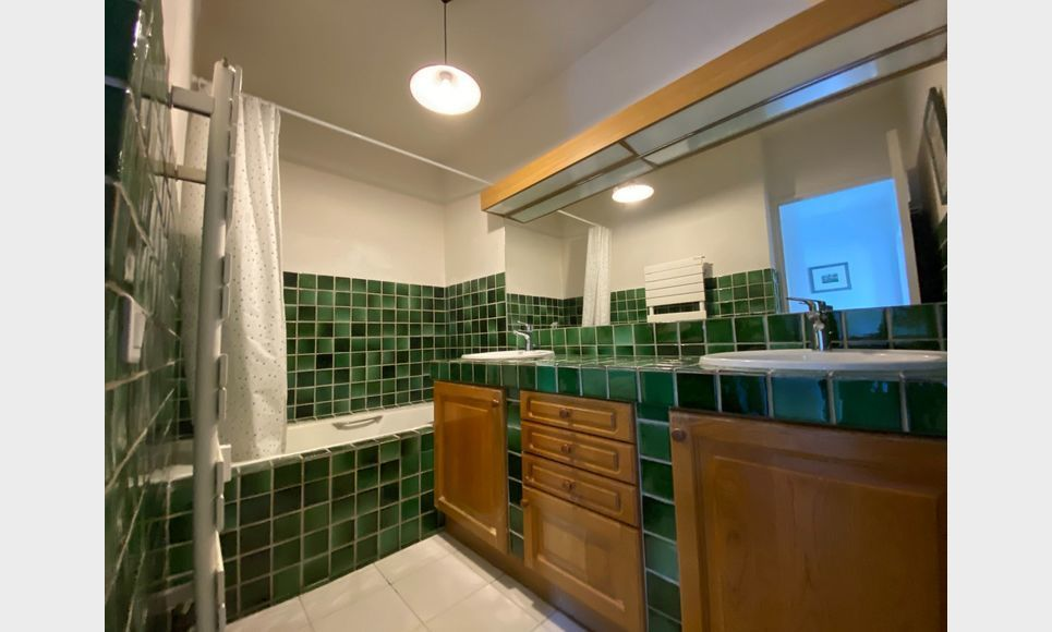 AIX LA TORSE - T4 104 m2 - Résidence avec piscine et tennis : Photo 7