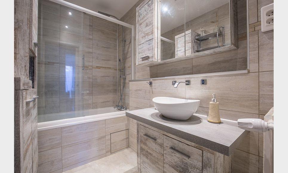 AIX CUQUES - T4 de 77,4 m2 - Terrasse privative 113,4 m2 : Photo 7