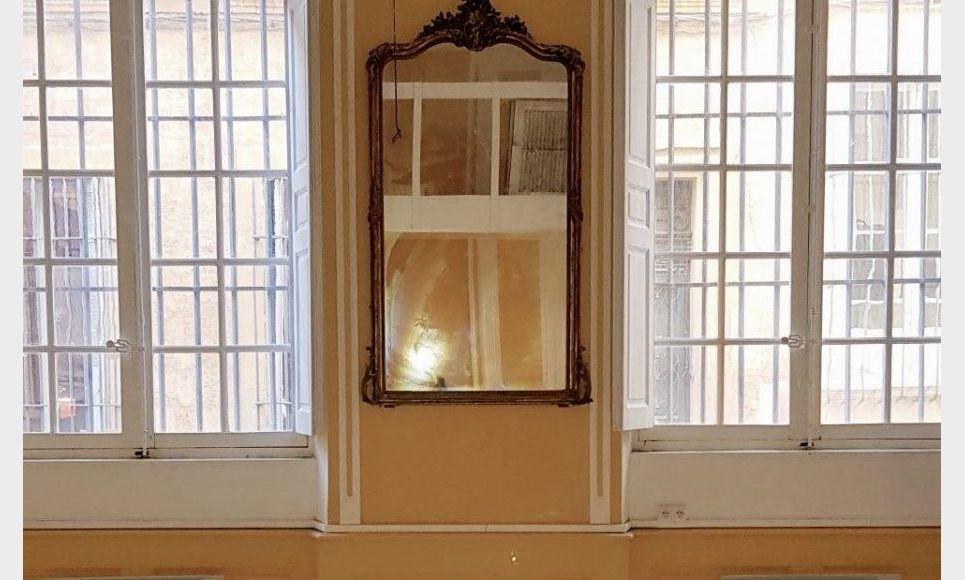 AIX CENTRE VILLE HISTORIQUE - T3 de 72 m2 - Hôtel Particulie : Photo 4