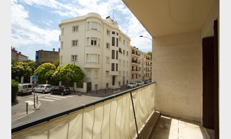 AIX HAUT DE SAINT JÉRÔME - T4 de 96,4 m2 - Balcon : Photo 2