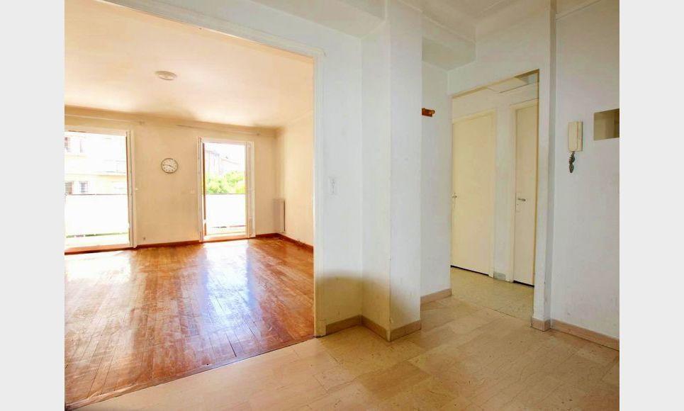 AIX HAUT DE SAINT JÉRÔME - T4 de 96,4 m2 - Balcon