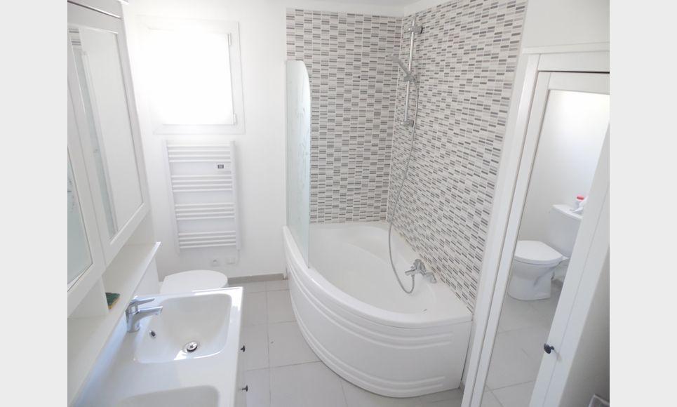 VELAUX - Villa T7 de 149 m2 - Piscine : Photo 4