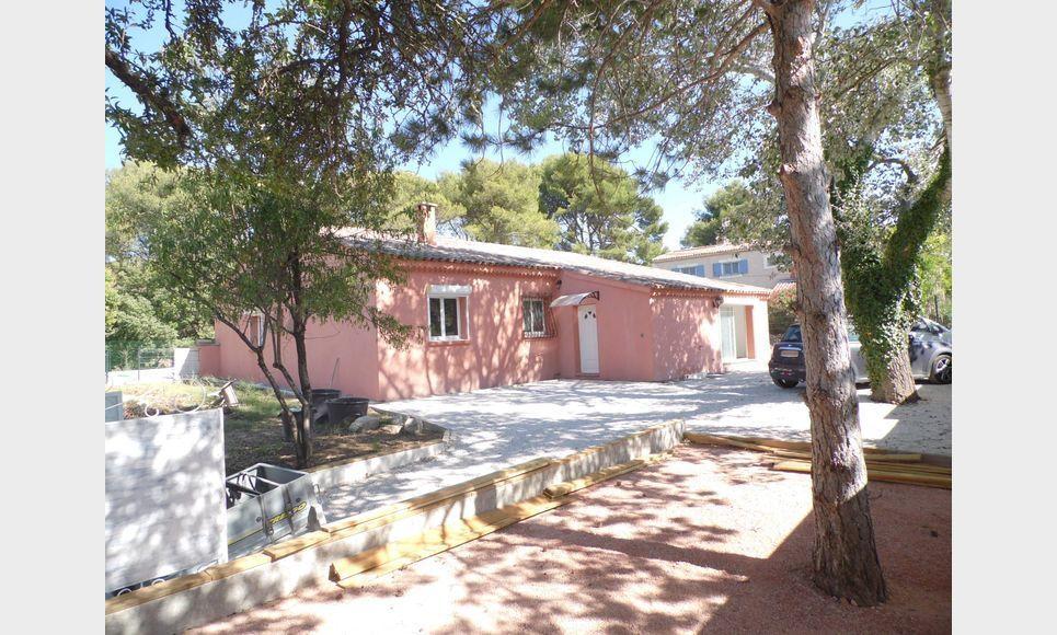 VELAUX - Villa T7 de 149 m2 - Piscine