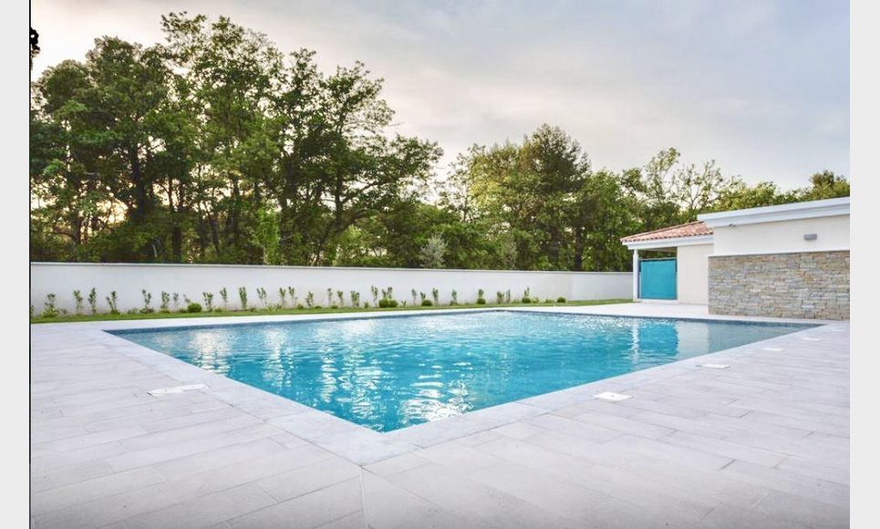 AIX SET CLUB - T2 de 44 m2  - Rez-de jardin avec vue golf : Photo 1