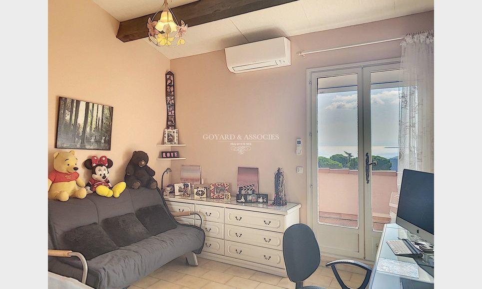 Eze Village - Maison 5 pièces 200 m2 : Photo 6