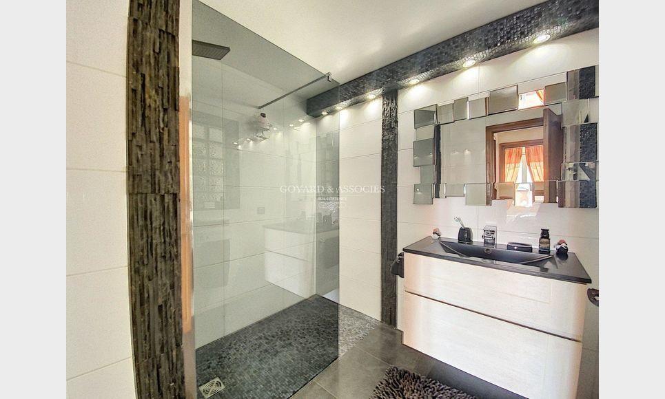 Eze Village - Maison 5 pièces 200 m2 : Photo 8