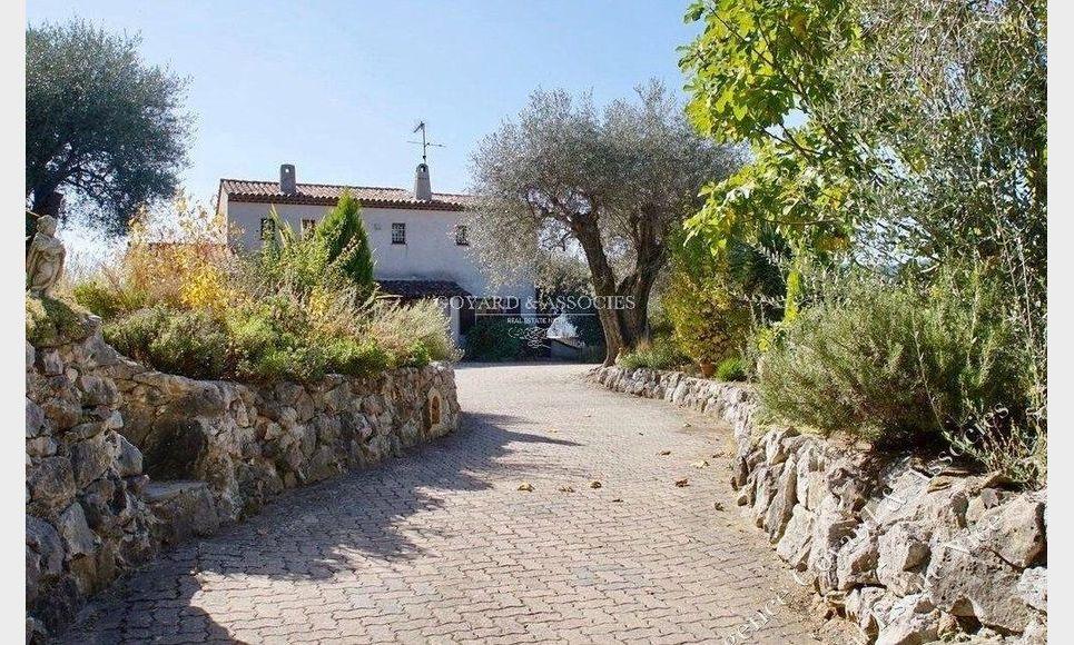 Villa avec piscine hauteur de Contes : Photo 3