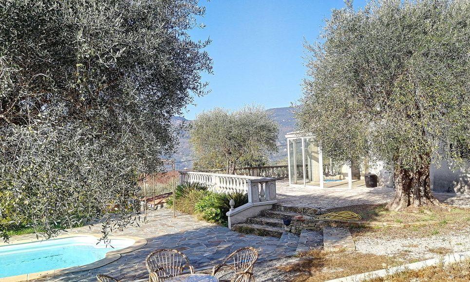 Villa avec piscine hauteur de Contes : Photo 2