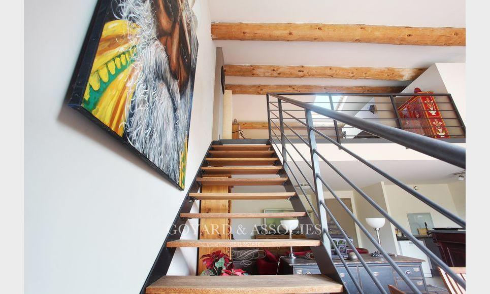 LUYNES CENTRE - Duplex T5 117,16 M2 - Terrasse panoramique : Photo 1
