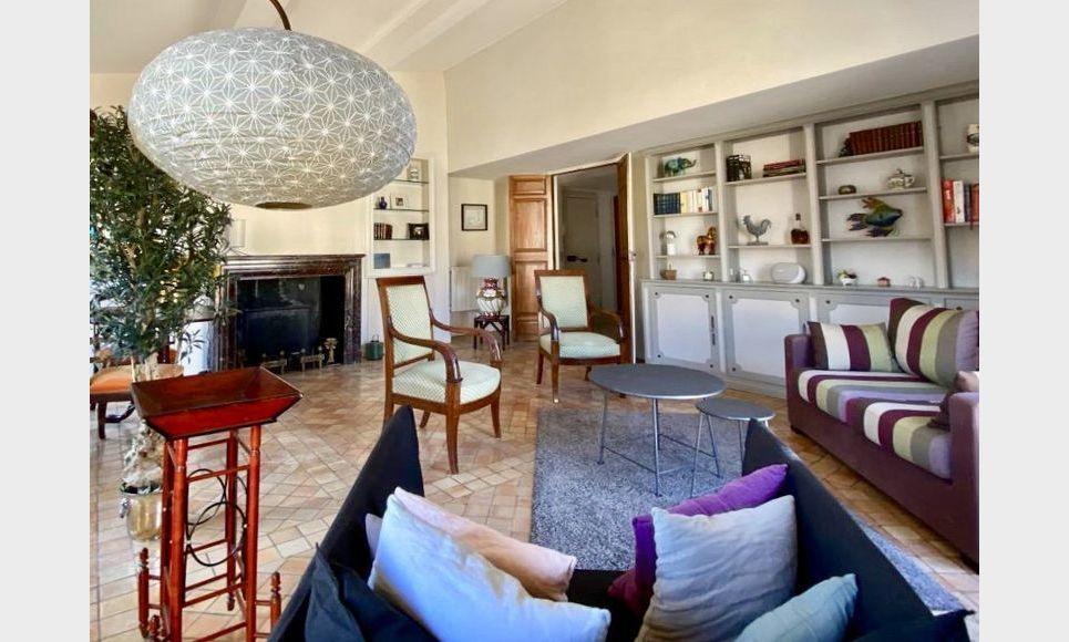 AIX COURS MIRABEAU -  T5 de 140 m2 - Immeuble du XVIème : Photo 1