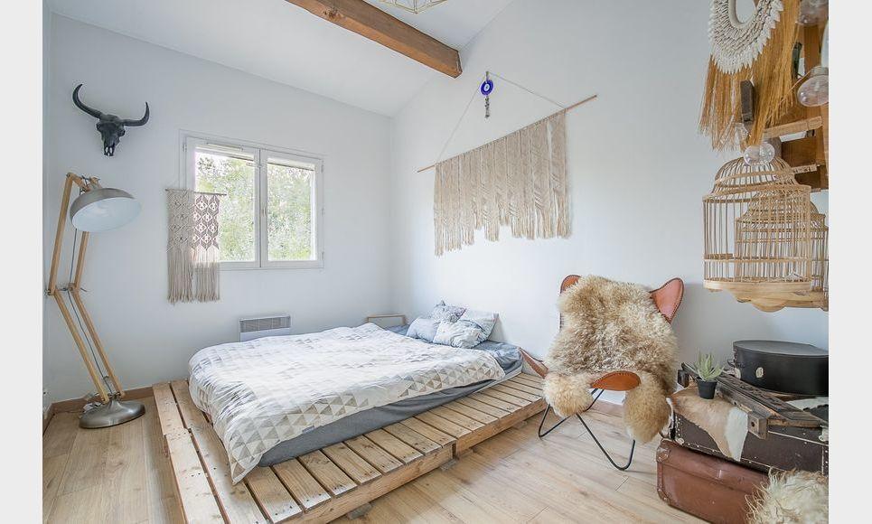 FUVEAU - T3 de 81,26 m2 - 1er étage d'une villa avec jardin : Photo 4
