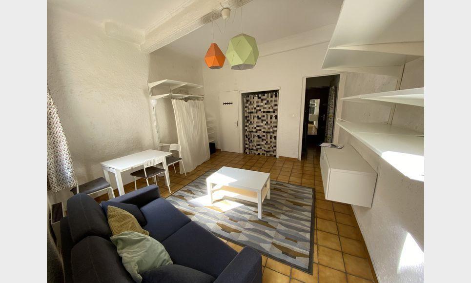 CENTRE-VILLE AIX - Studio meublé : Photo 3