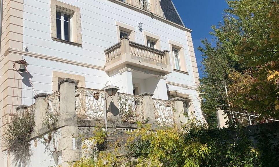 PIERREVERT - Château à restaurer et demeure de maître 310 m : Photo 5