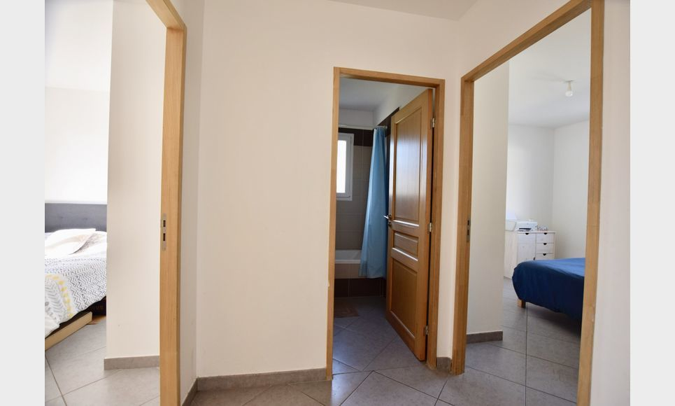 BRIGNOLES - Villas T4 90 m2 + T4 83,2 m2 - Terrain 1200 m2 : Photo 5