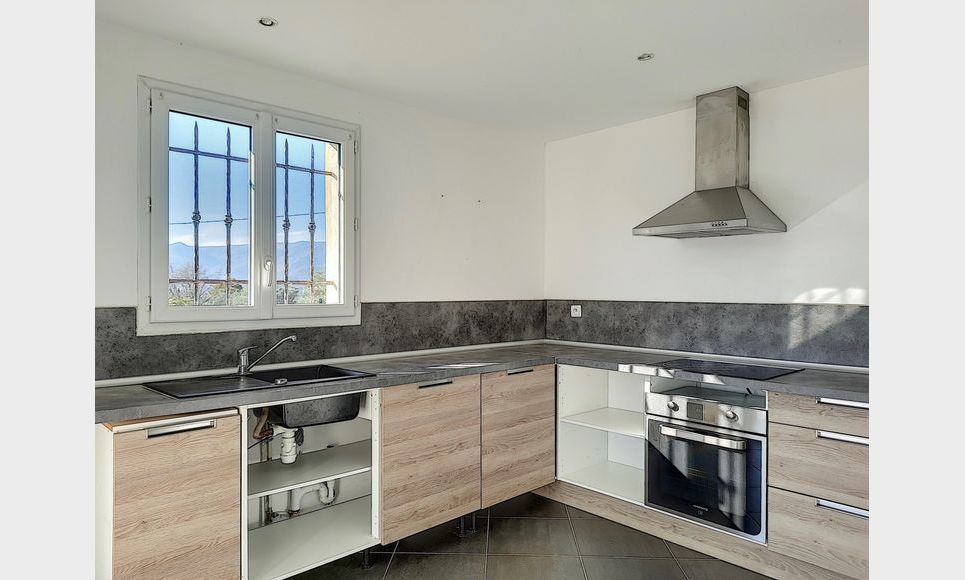 BRIGNOLES - Villas T4 90 m2 + T4 83,2 m2 - Terrain 1200 m2 : Photo 8