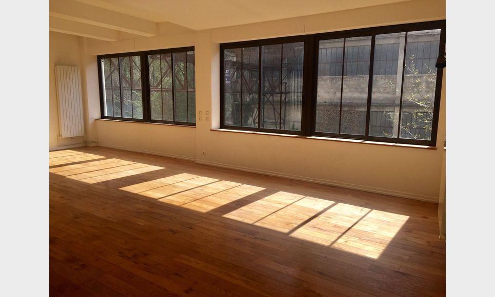 BARJOLS - Grand loft T2/T3 de 104 m2 : Photo 3