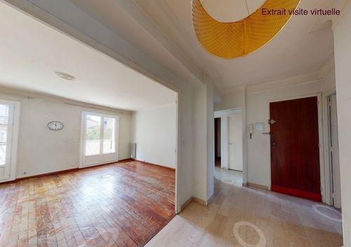 AIX SAINT JÉRÔME - T4 de 99,26 m2 - 1er étage - Traversant