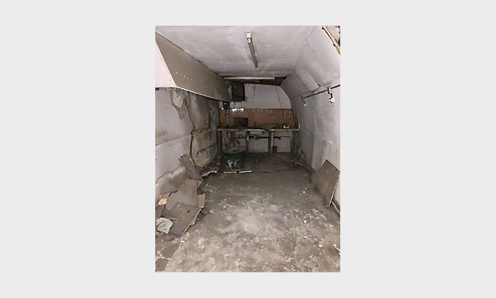 ST MAXIMIN - Studio 16,43 m2 - Cave voutée 40 m2 environ : Photo 6