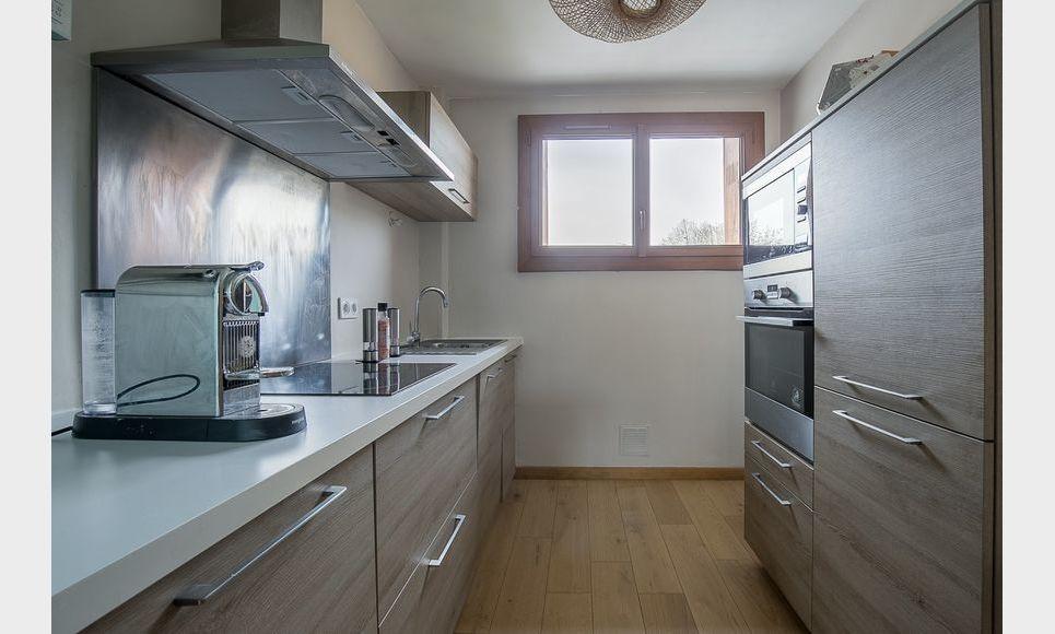 AIX GAMBETTA - T3 de 70,5 m2 - Balcon - Parking : Photo 2