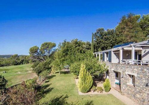 GOLF DE BARBAROUX - Villa T8 de 261 m2 - Terrain 2457 m2