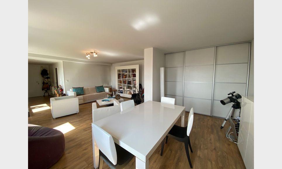 VENELLES CENTRE - T3 de 100 m2 - Duplex - Terrasse - Garage : Photo 7