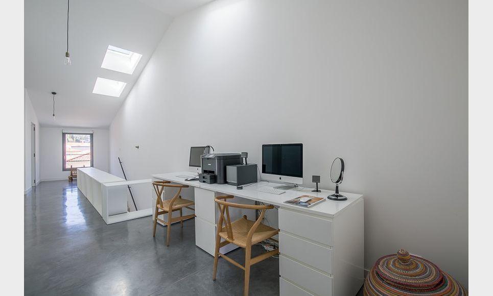 ST MAXIMIN - Maison de ville T5 de 146 m2 - Cour intérieure : Photo 3