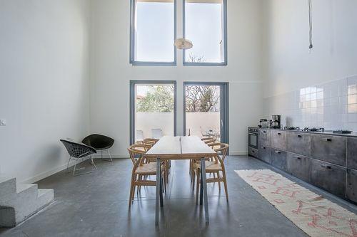 ST MAXIMIN - Maison de ville T5 de 146 m2 - Cour intérieure