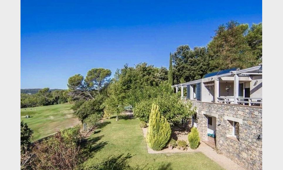 GOLF DE BARBAROUX - Villa T8 de 261 m2 - Terrain 2457 m2 : Photo 1