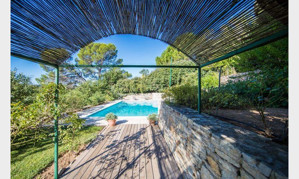 GOLF DE BARBAROUX - Villa T8 de 261 m2 - Terrain 2457 m2 : Photo 8