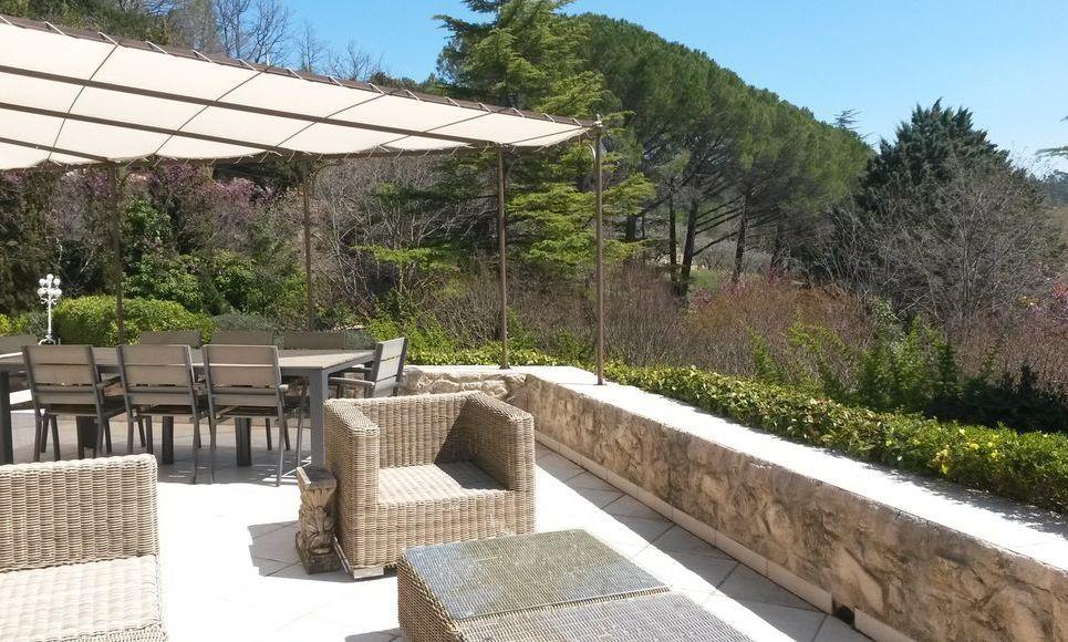 VARAGES - Villa T6 de 189 m2 - Superbe vue panoramique : Photo 1