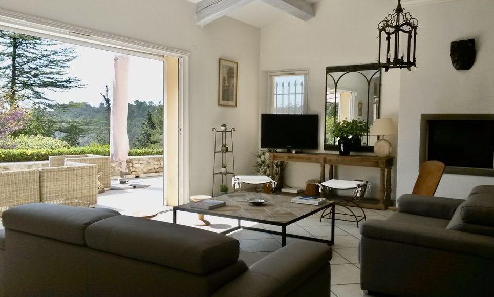 VARAGES - Villa T6 de 189 m2 - Superbe vue panoramique : Photo 3