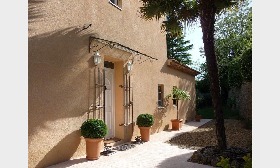 VARAGES - Villa T6 de 189 m2 - Superbe vue panoramique : Photo 5