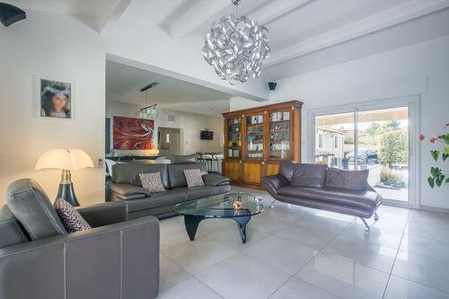 BOUC BEL AIR - Villa T5 de 197 m2 - Terrain 4000 m2